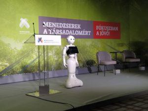 Pepper a Menedzserszövetség konferenciáján